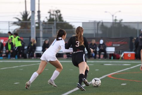 Girls' soccer takes a breezy 3-1 win over Fillmore Flashes, advancing to second round of CIF playoffs