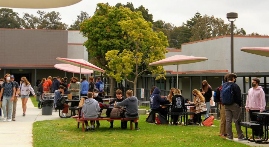 Foothill Tech students eat lunch in the quad hoping for a more normal school year next year.