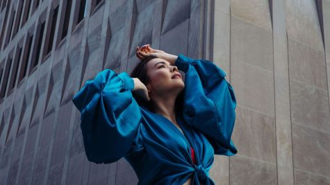 """""""Working for the Knife"""": Mitski returns to the music scene with knife-changing new song"""