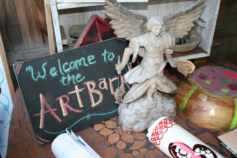 Children and young teenagers can find a creative outlet at The Art Barn, managed by Lynn Okun. Credit: Taylor Kennepohl/The Foothill Dragon Press.