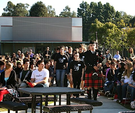 """Bagpiper Bill Boetticher led the """"funeral"""" procession towards the stage where a presentation for upperclassmen ended the two-day """"Every 15 Minutes event"""". Credit: Katie Elvin/The Foothill Dragon Press"""