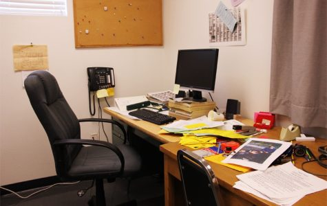 The empty office of retiring Campus Supervisor Jim Lewis. Credit: Aysen Tan/The Foothill Dragon Press