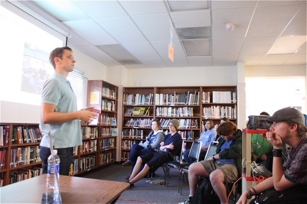 Foothill Alumni Zachary Carter returns to Foothill to talk about his profession in the animated film industry. Credit: Maya Morales/The Foothill Dragon Press.