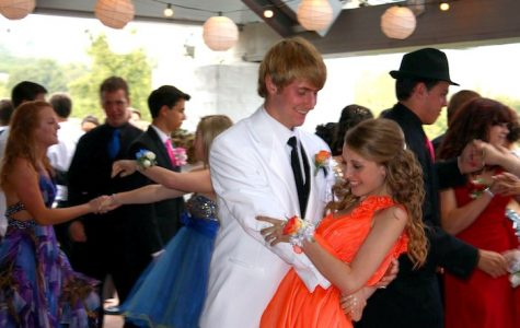 Senior Bill Grundler and Junior Tianna Cohen share a dance at Foothill's prom. Credit: Chrissy Springer/The Foothill Dragon Press.