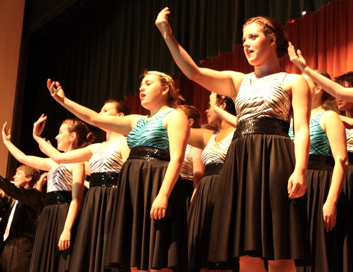 Students participating in Company, a high school show choir conducted by Heidi House, showed their talent on Thursday night. Credit: Rachel Crane/The Foothill Dragon Press.