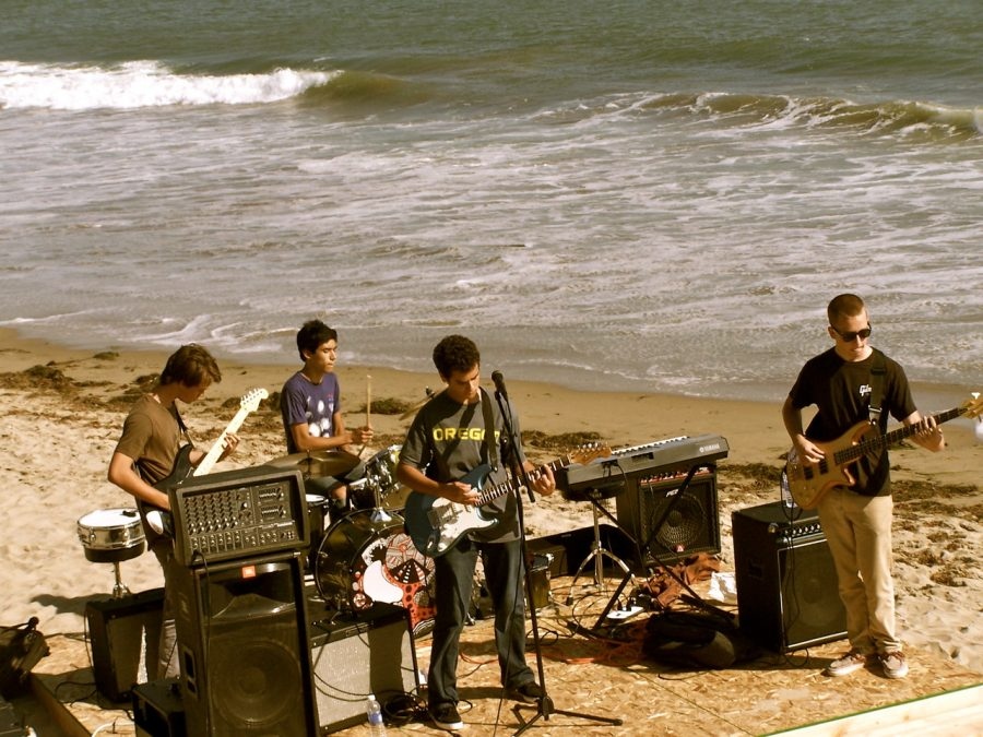 """Local band """"Special Guest"""" performs at """"Heal the Beach"""" fundraiser. Credit: Mike Morales. Used with permission."""