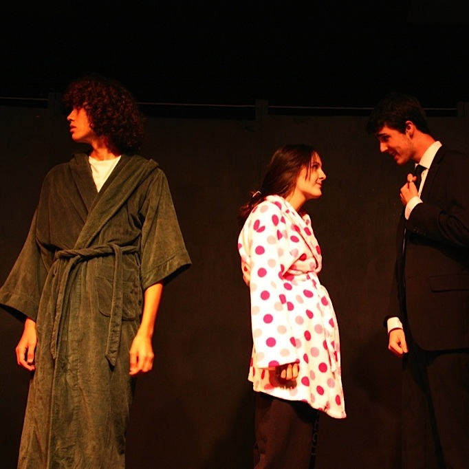 "Juniors (from left) Ian McMillan, Emily Schwertfeger, and Martin Hanson perform a skit for the drama department's reprisal of ""The Carol Burnette Show."" Credit: Katie Sones/The Foothill Dragon Press"