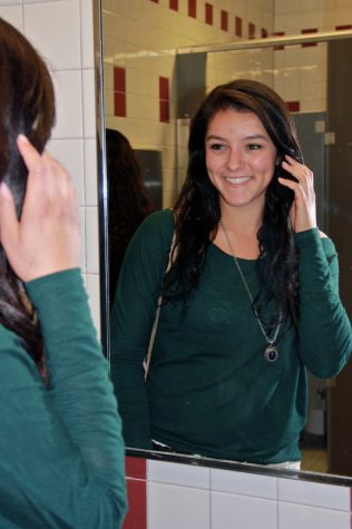 Senior Amanda Torres struggled with an eating disorder but has since gotten better and is looking towards a bright future. Credit: Felicia Perez/The Foothill Dragon Press