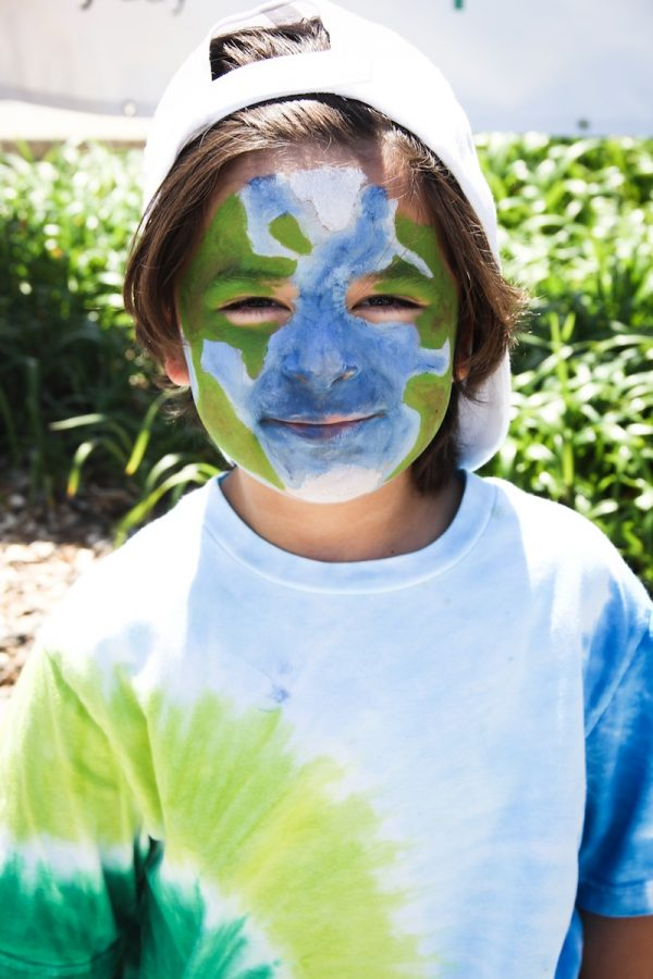 Face-painting was one of the activities many Eco Fest attendees participated in Saturday. Credit: Bethany Fankhauser/The Foothill Dragon Press.