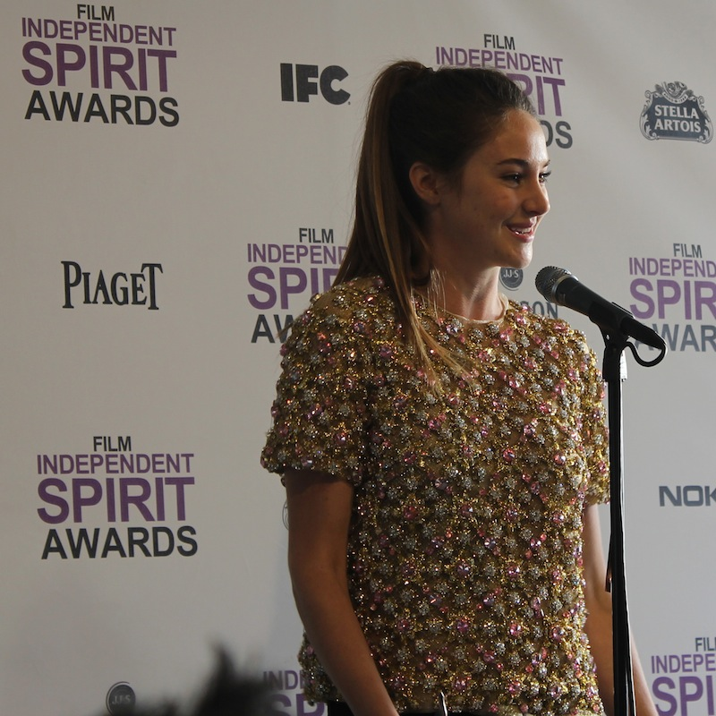 "Actress Shailene Woodley of ""The Descendants,"" gives a speech after winning the Best Supporting Actress award at the Independent Spirit Awards Sunday. Credit: Ben Gill/The Foothill Dragon Press"