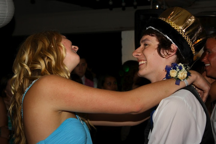 Senior Rachel Alston and Prom King Trevor Kirby dance at prom Saturday night. Credit: Aysen Tan/The Foothill Dragon Press