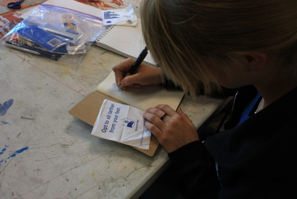 Worldwide Sketchbook Project makes a stop at Foothills art room. Credit: Maya Morales/The Foothill Dragon Press.