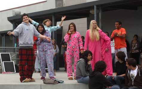 Costumes display Foothill's school spirit (11 photos)