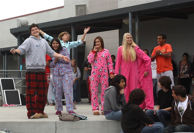 Students in pajamas pose during Mondays pajama fashion show. Credit: Bethany Eckstrom for the Foothill Dragon Press.